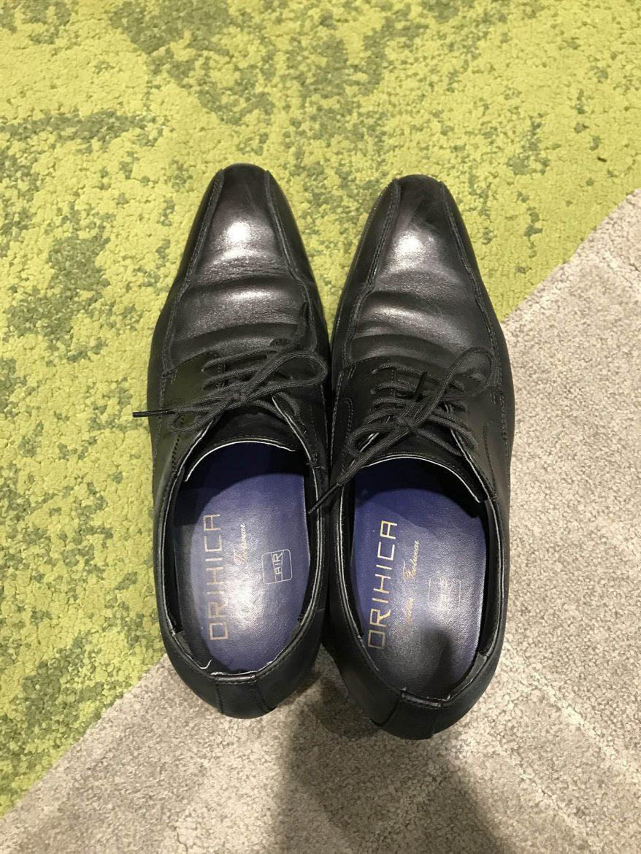 革靴の履き間違い